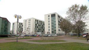 Szpital wynajął sale do rehabilitacji, dzieci będą ćwiczyć przy łóżkach