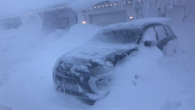 Śnieżyce i silny wiatr. Zimowy paraliż na Islandii