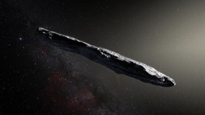 """""""Posłaniec"""" spoza Układu Słonecznego. <br />Oumuamua zaskoczyła naukowców"""