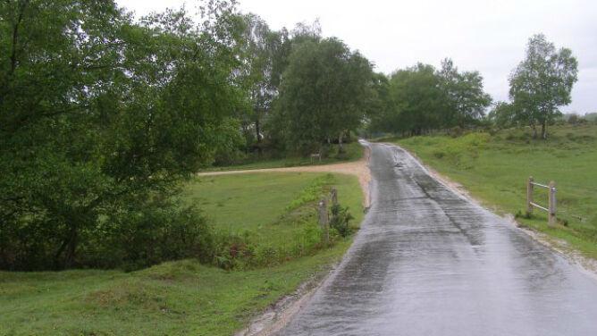 Pogoda utrudni jazdę w połowie kraju