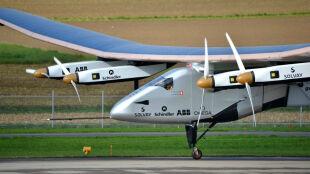 Solar Impulse II zmuszony do lądowania. Próba przelotu nad Pacyfikiem przerwana